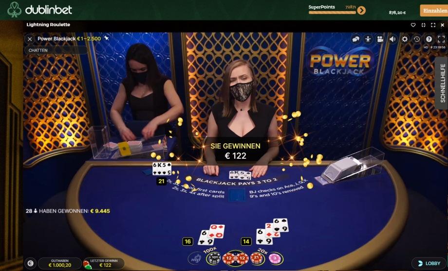 Power Blackjack mit Vervierfachung der Starthand oder nach Split