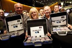 mcdonalds mitarbeiter gewinnt im online casino